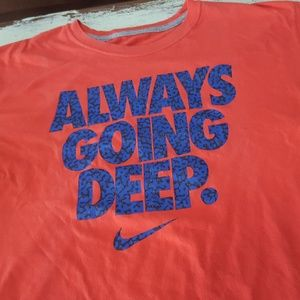 Nike - Always Going Deep Coral colored T-Shirt XL